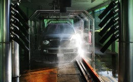 Photo of carwash and SUV